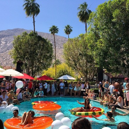 Pool Party - Pac Sun